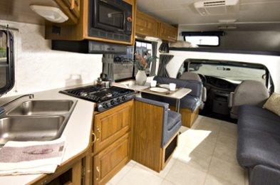 large c30 2 5 berth motorhome vehicle information rh motorhomeandrvhire com motorhome 300 watt solar panel motorhome 30mm mid brown screw covers